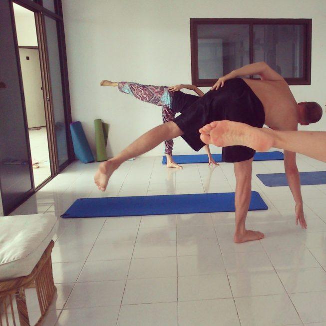 Полумесяц в йоге