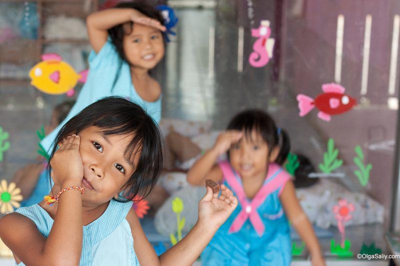 Тайские девочки в детском саду на Самуи