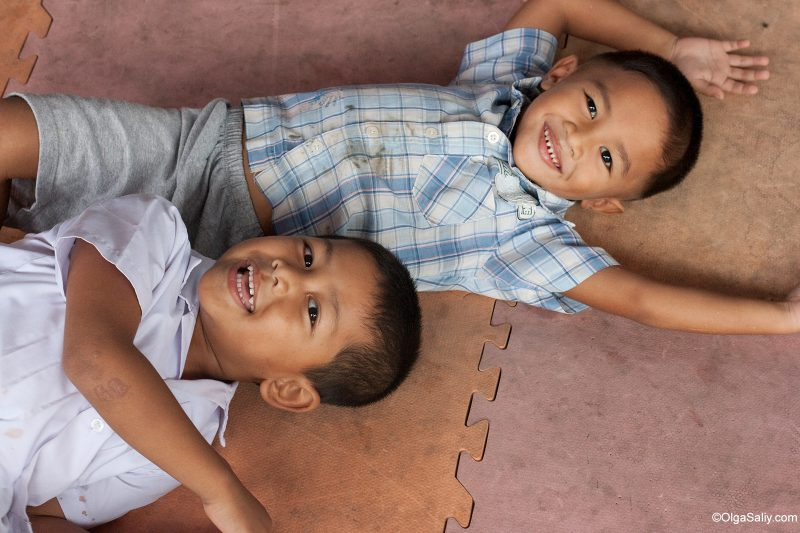 Мальчики в детском саду, Самуи, Таиланд