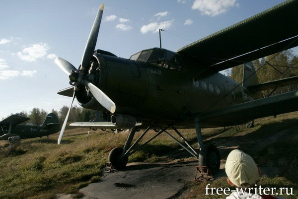 Самолёты. Томский филиал РОСТО (8)