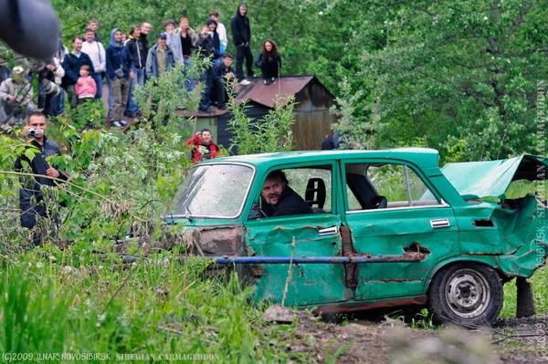 Сибирский кармагеддон - гонки старых машин в Академгородке (51)