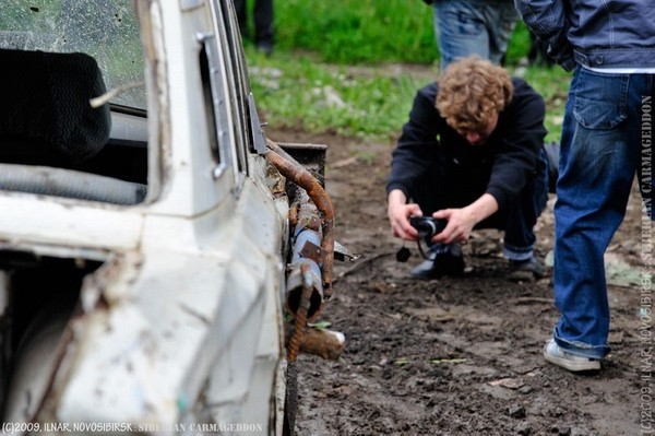 Сибирский кармагеддон - гонки старых машин в Академгородке (41)