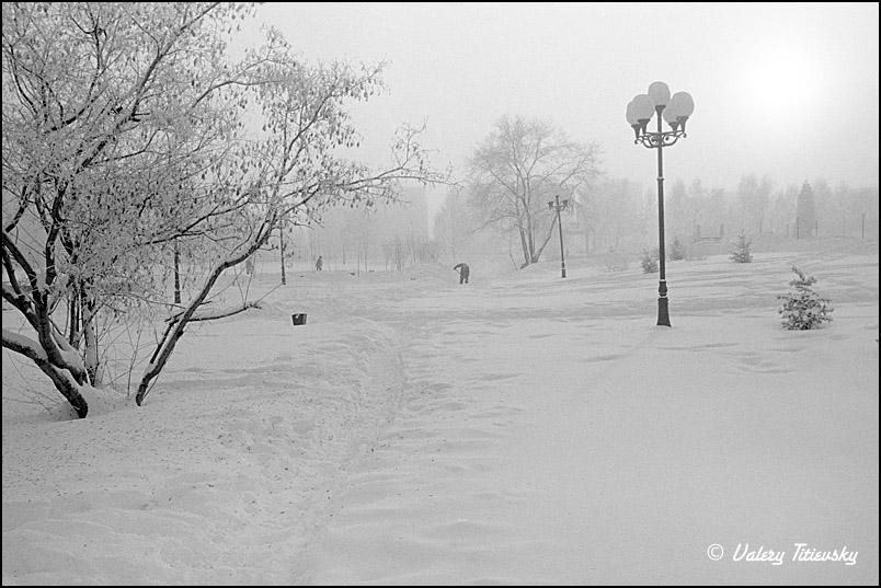 ЧБ стрит фото Новосибирска (75)