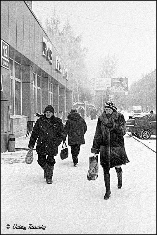 ЧБ стрит фото Новосибирска (74)