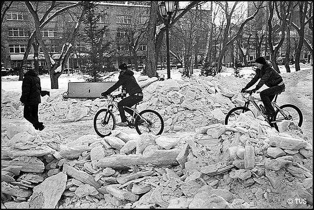 ЧБ стрит фото Новосибирска (65)