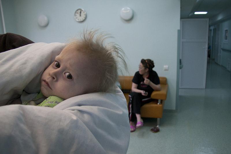 Больные дети в больнице