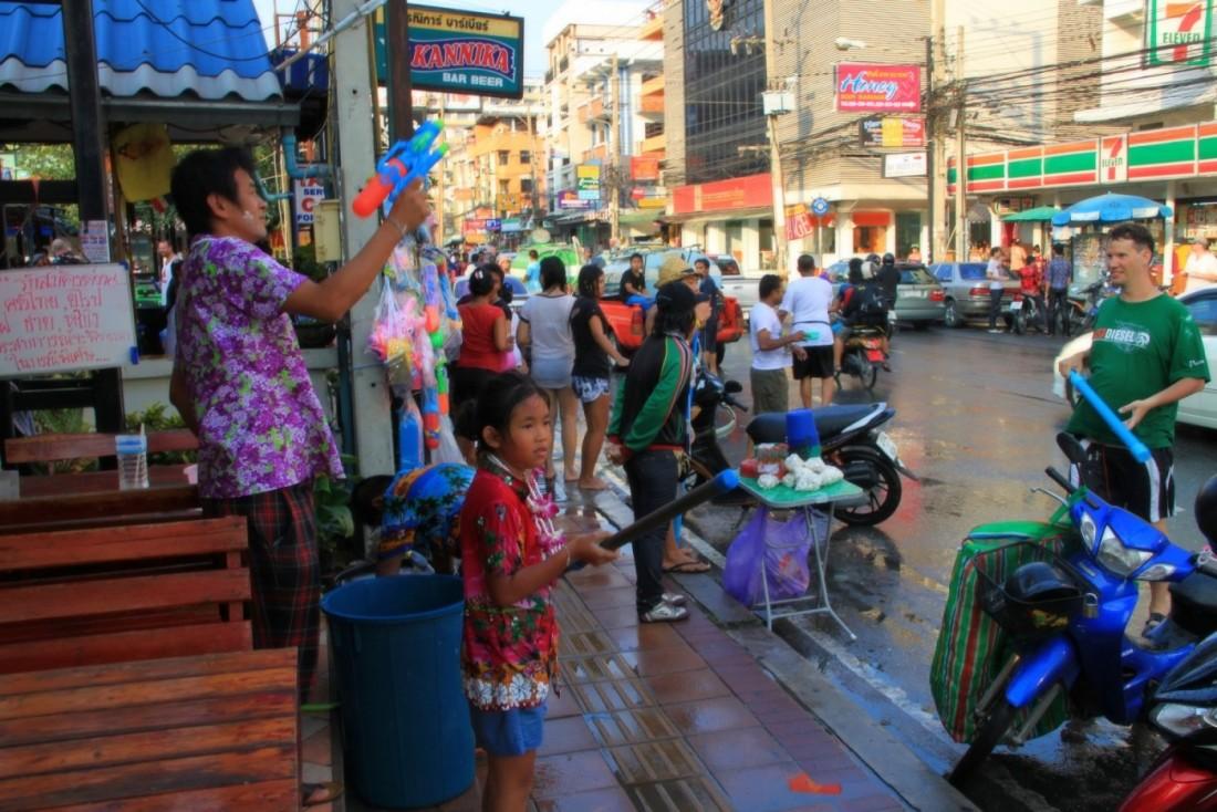 Сонгкран - Новый год Таиланд, Паттайя (21)