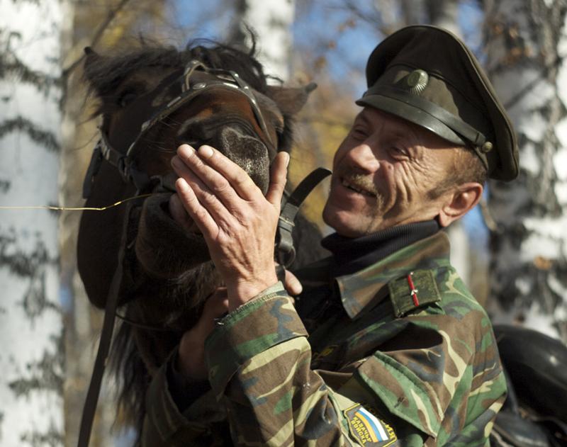 Казаки-охранники в новосибирском Академгородке