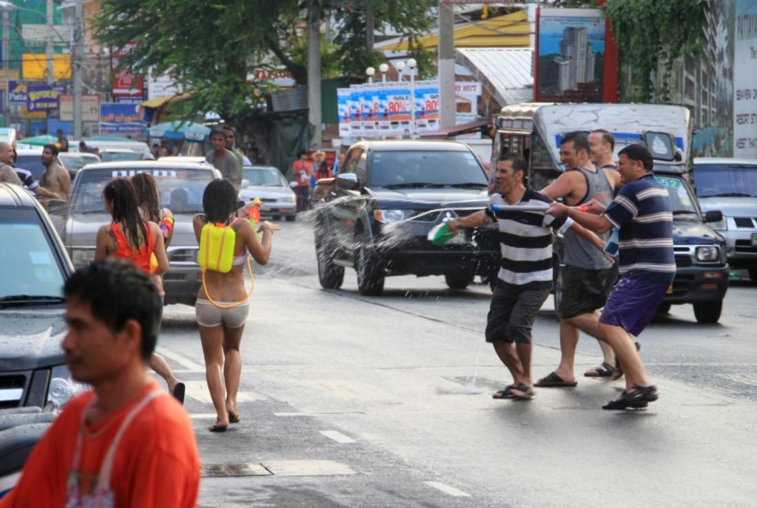 Сонгкран - Новый год Таиланд, Паттайя (5)