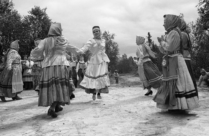 Тундра. Русские танцы