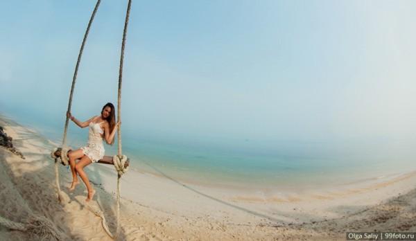 Качели на пляже Банг По Самуи