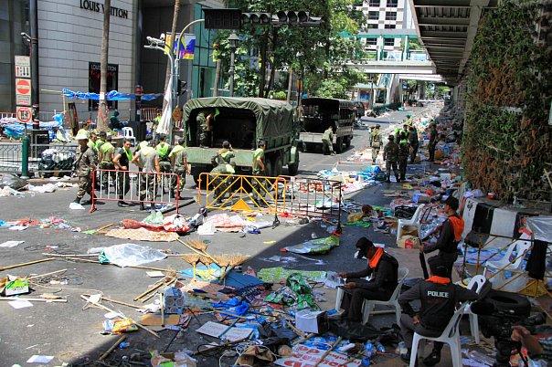 Митинги в Бангкоке в 2010 (43)