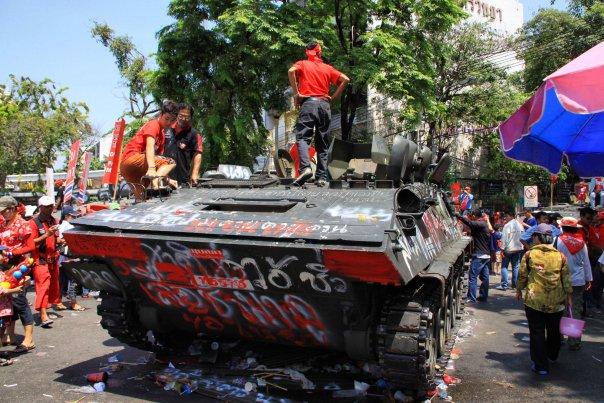 Митинги в Бангкоке в 2010 (74)