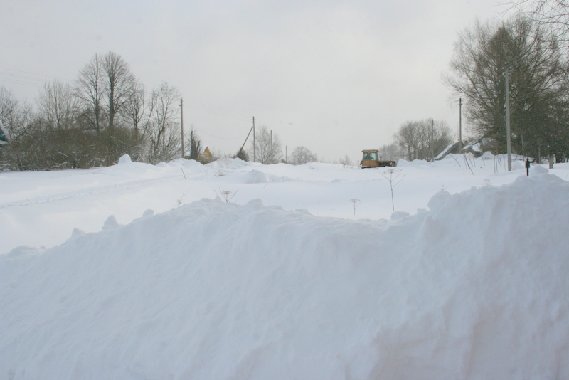 Снегопад в деревне (2)