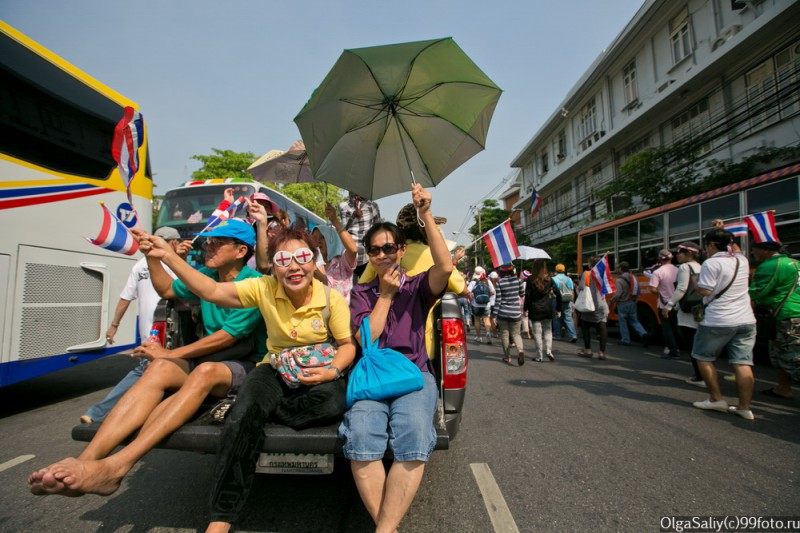 Митинги Бангкок Тайланд (41)