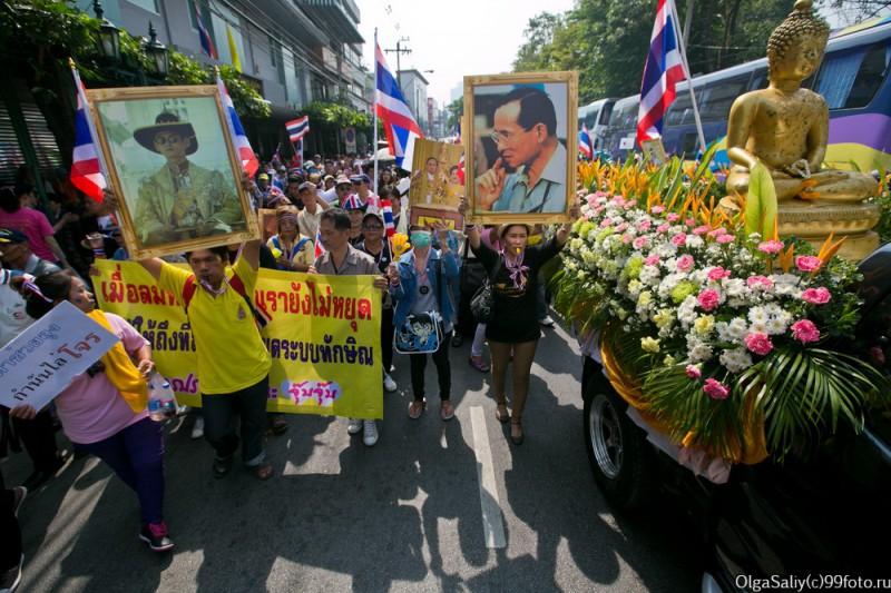 Митинги Бангкок Тайланд (36)