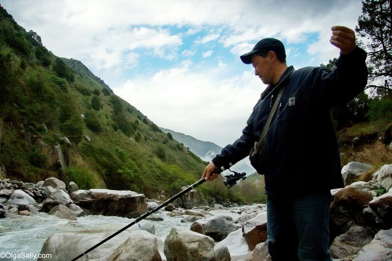 Рыбалка в горной реке