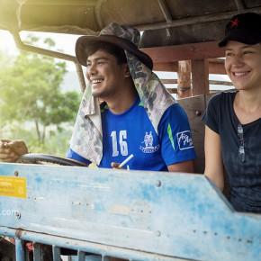 Про Олю, Туна и тайскую деревню