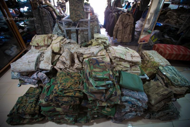 Военный магазин в Паттайе (42)