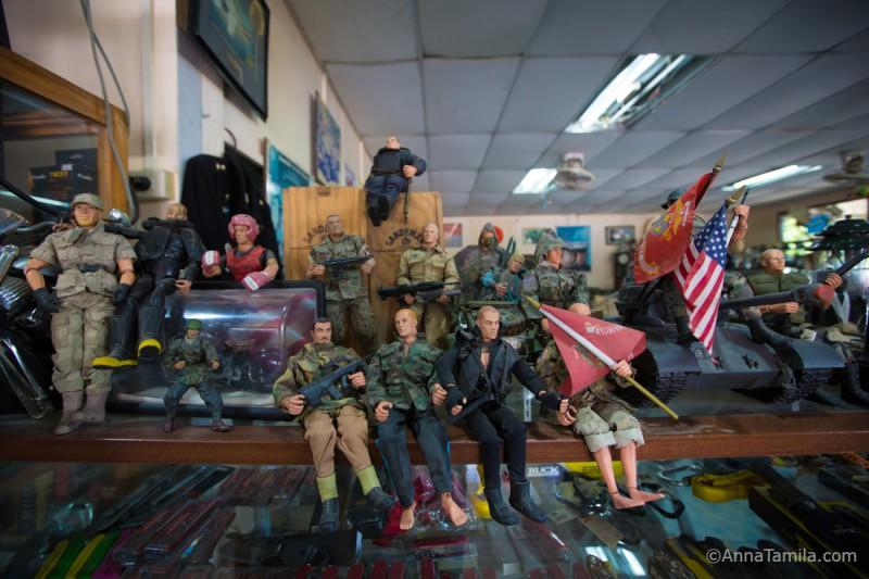 Военный магазин в Паттайе (36)