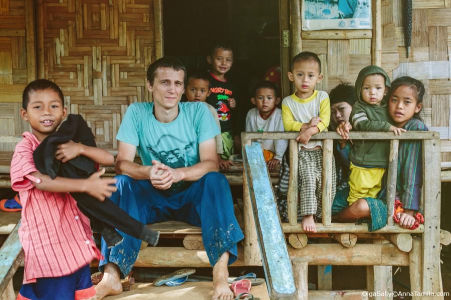Антон Дряничкин в лагере беженцев