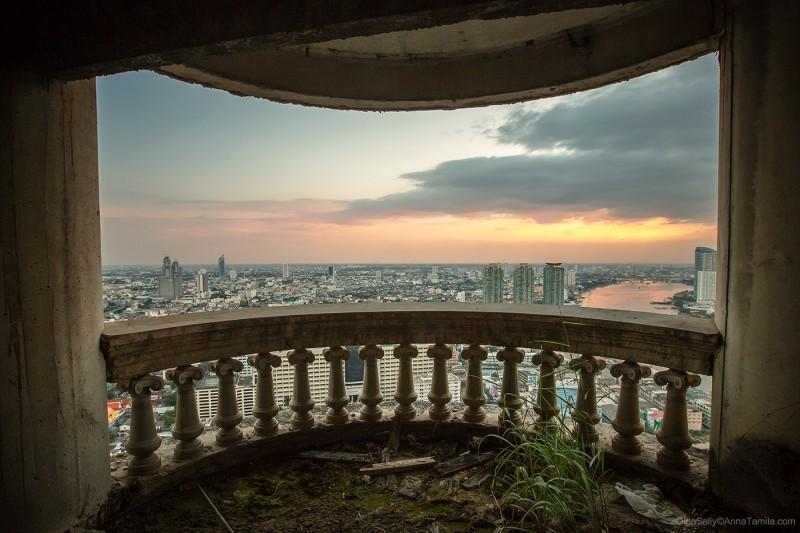 Внутри заброшенного небоскреба Бангкок Саторн Юник