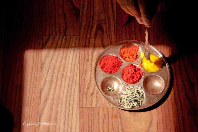 Непальские цветные приправы