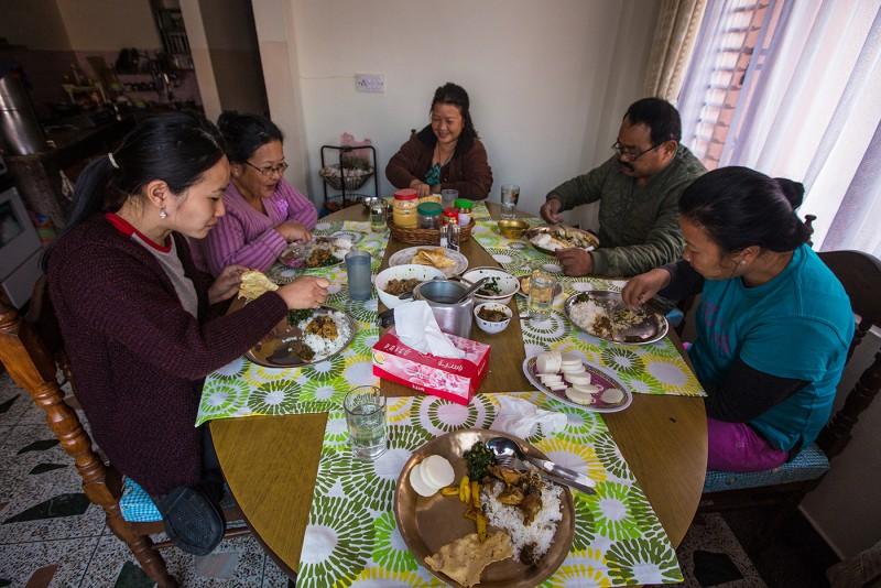 Еда в Непале, что делать если понос