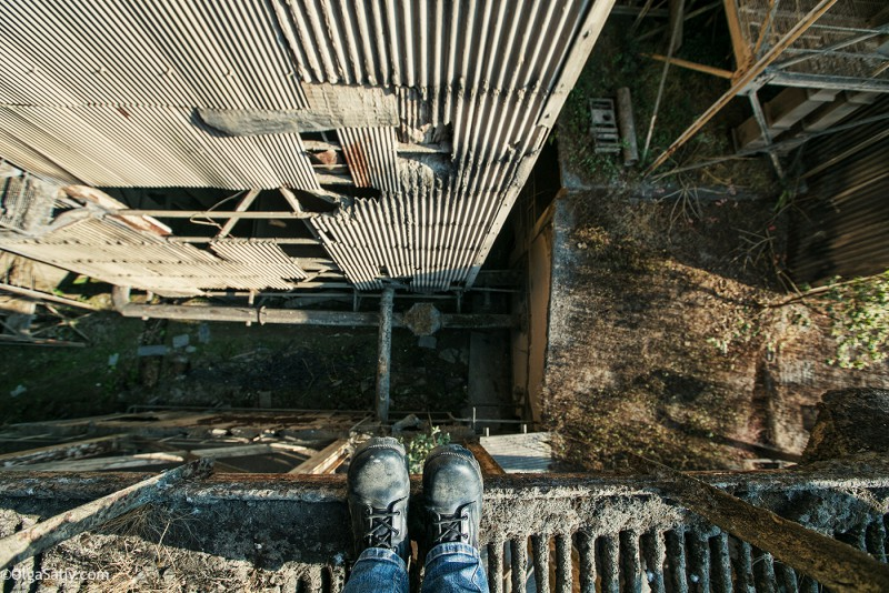 Заброшенный цементный завод в Катманду (30)