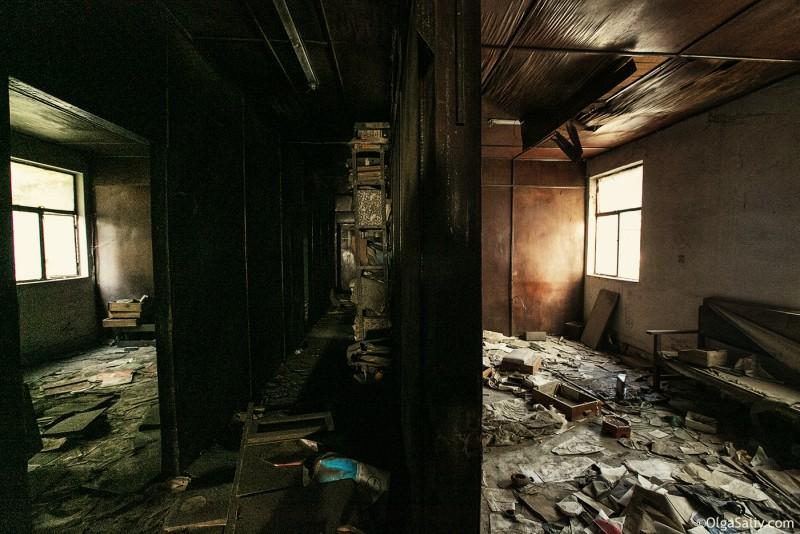 Заброшенный цементный завод в Катманду (16)