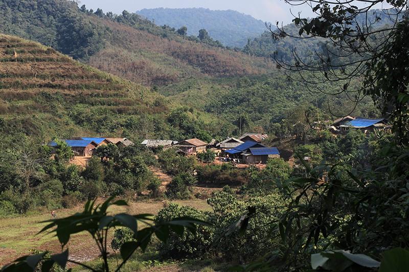 Долгожданный вид на деревню после долгой дороги