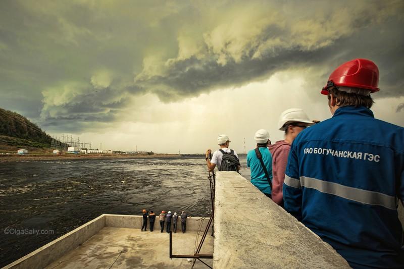 Богучанская ГЭС фото