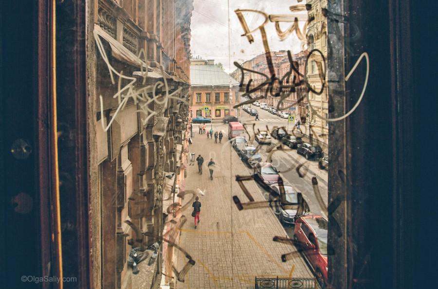 Россия. Окно