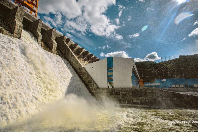 Испытание водозброса Богучанская ГЭС - вода