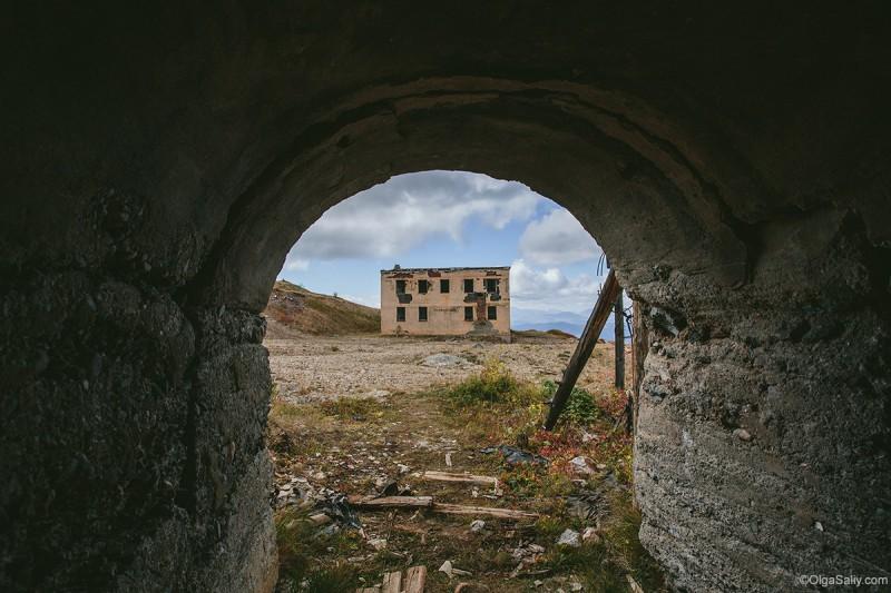 Ртутный рудник, вид из шахты