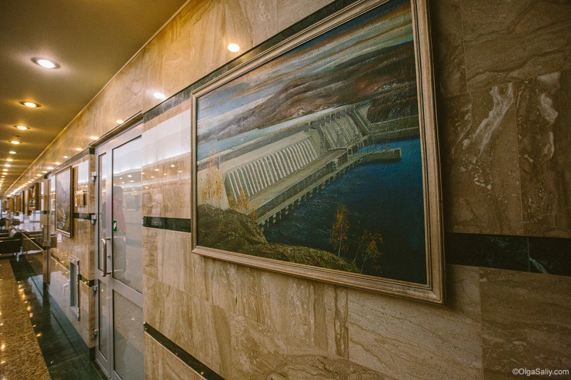 Саяно-Шушенская ГЭС - офисы внутри здания