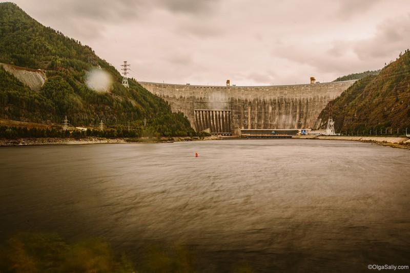 Саяно-Шушенская ГЭС общий вид после аварии