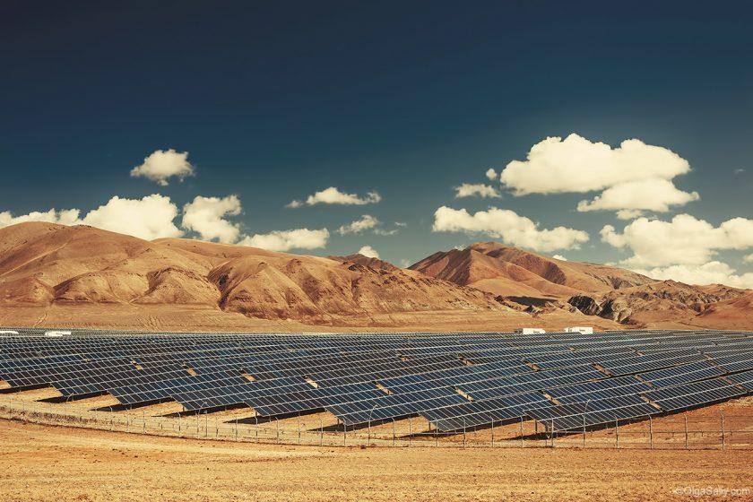 Солнечная электростанция возле Кош-Агач