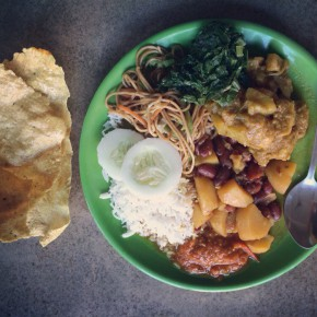 Еда в Непале. Немного инстафуда и меню с ценами