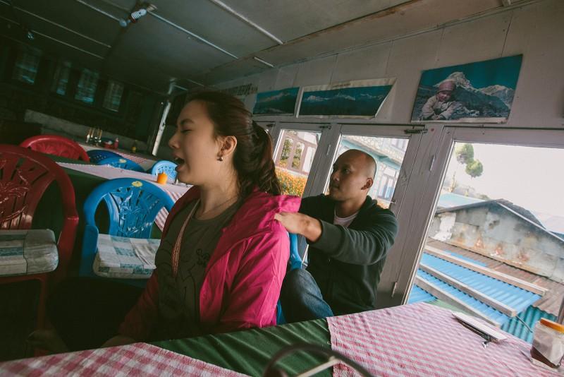 Массаж на треке в Непале