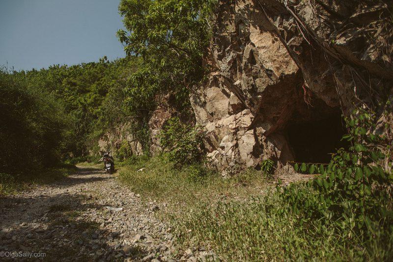 Военные пещеры на горе Вунгтау