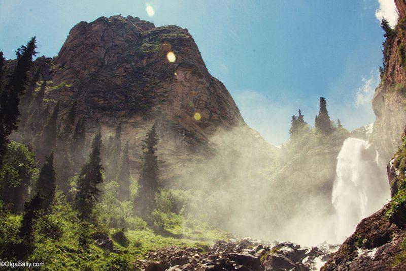 Водопады в ущелье Барскаун Иссык-Куль