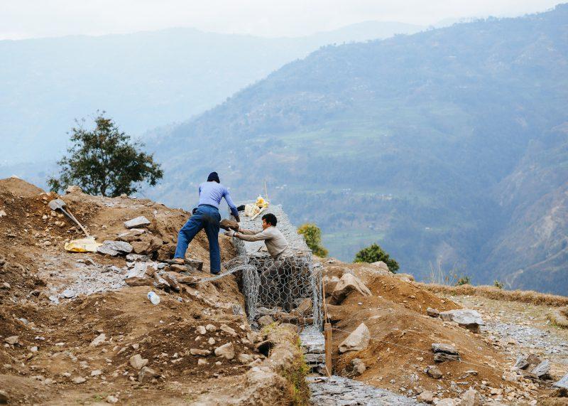 Строительство школы в Непале. Волонтёры (7)