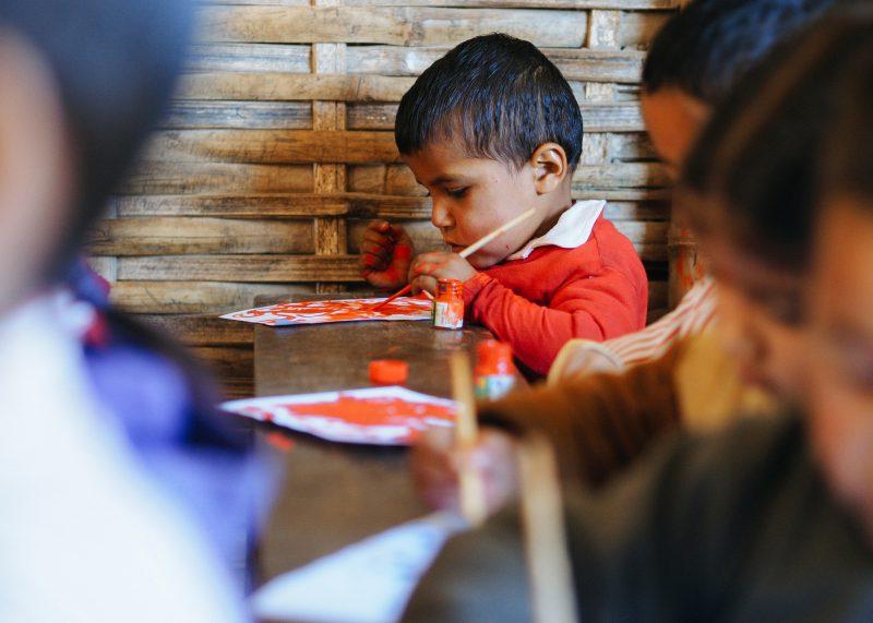 Дети в непальской школе