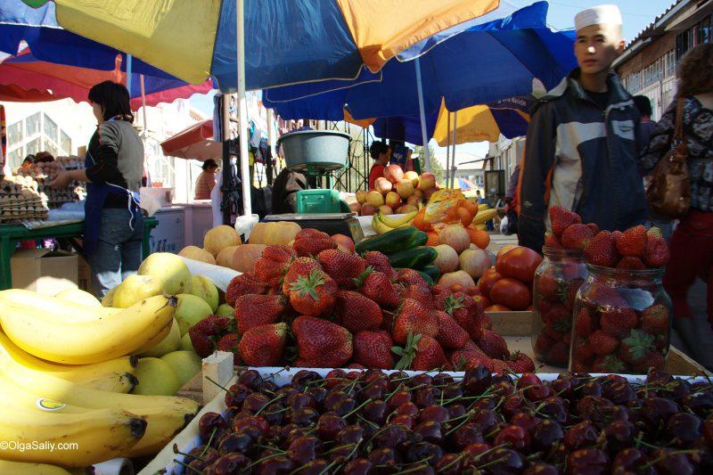 Чолпон-Ата, путешествие вокруг Иссык-Куля