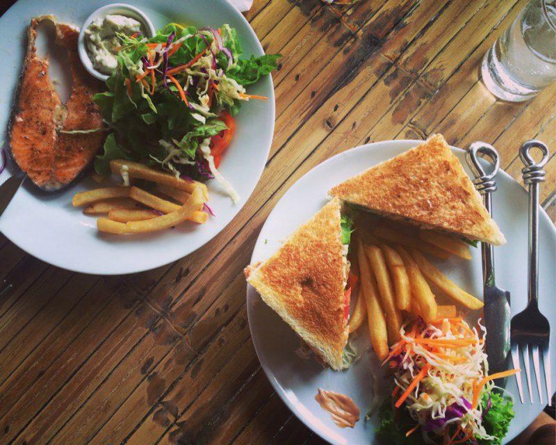 Сендвичи в кафе Jano на Самуи