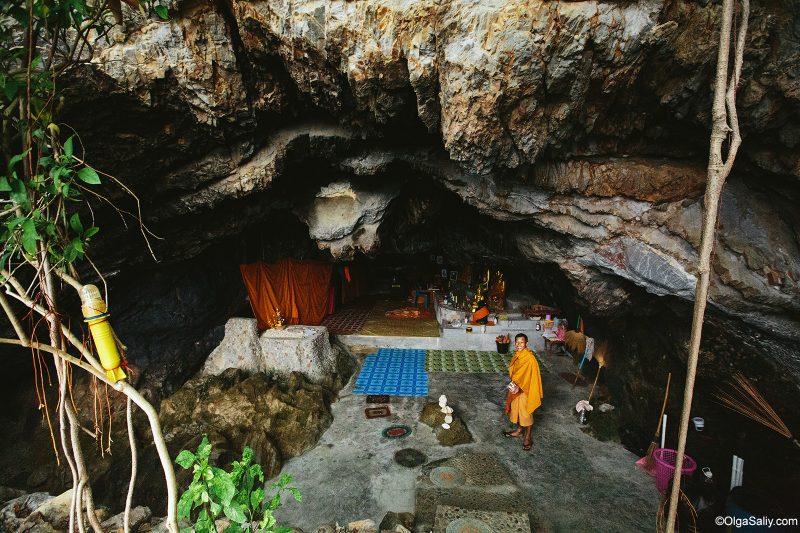 Пещера буддийского монаха отшельника