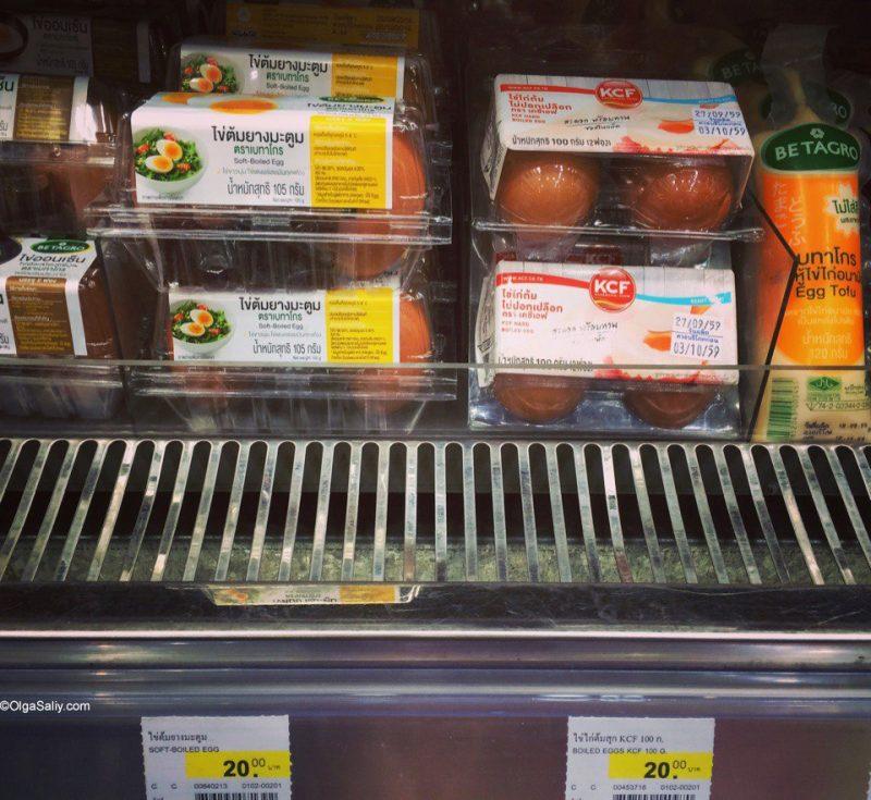 Варёные яйца в магазинах Таиланда