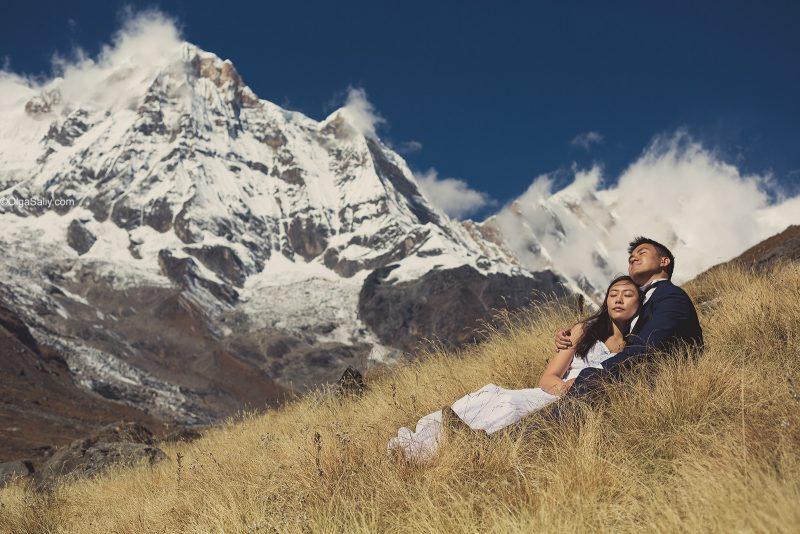 Свадебный фотограф в горах Непала, трек к Аннапурне