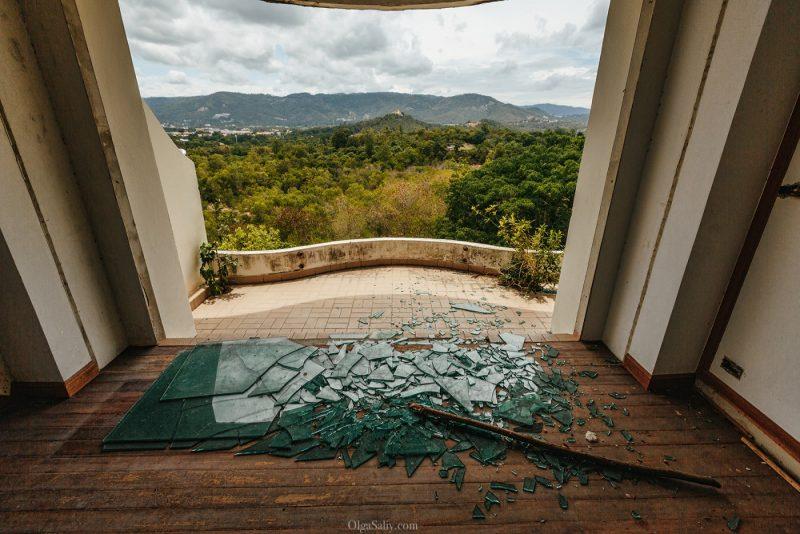 Заброшенный отель в Тайланде №404 (8)